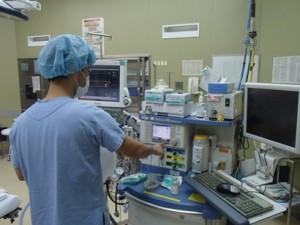 麻酔器の点検